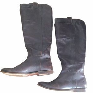 Frye Brown Leather Flat Boots Vintage Worn in Tall Small Size 6 Narrow Fit